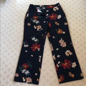 Zara cropped floral pants